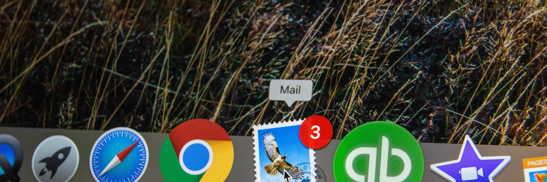 Email icon shows 3 new messages